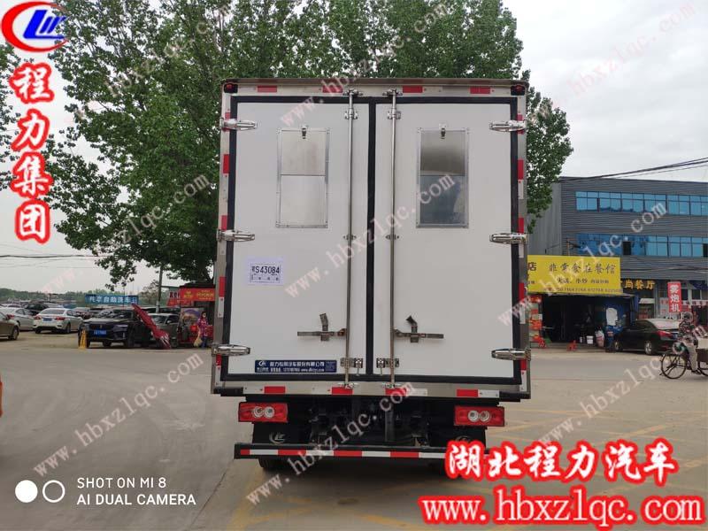 恭喜湖南邹总在亚博体育app官方yb亚博体育网页版登录股份有限新添一台鸡苗运输车